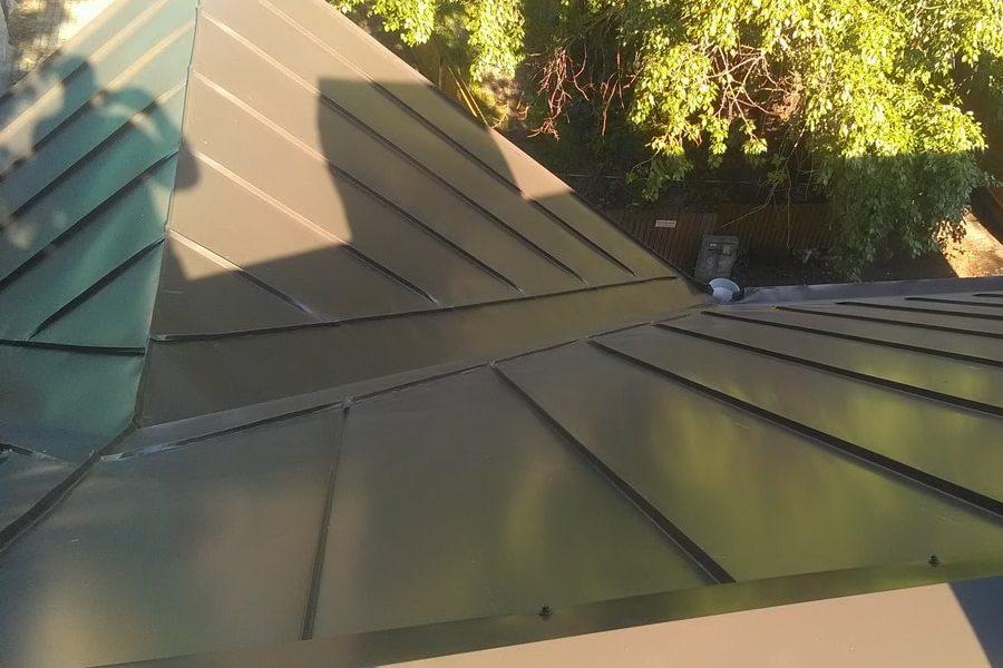 Valtsplekk-katuse hind küsi proffidelt