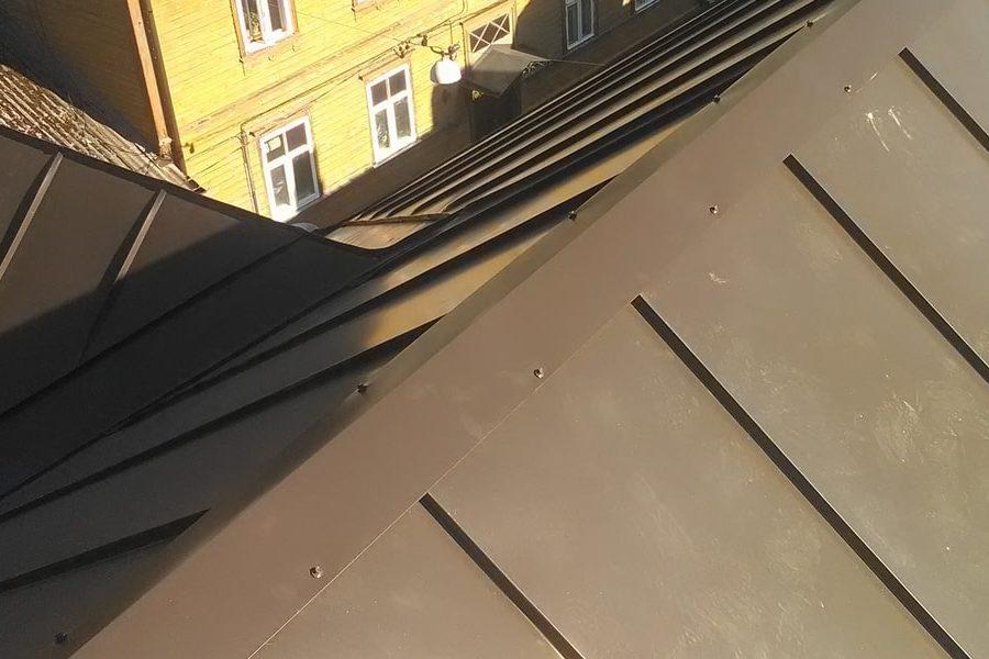 Vastupidav katus valtsplekk-katus